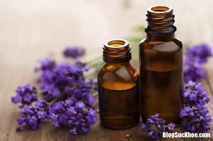 3 these home remedies will help you shrug off shoulder pain 133742467 Chườm nóng, chườm lạnh và những biệp pháp chữa đau vai