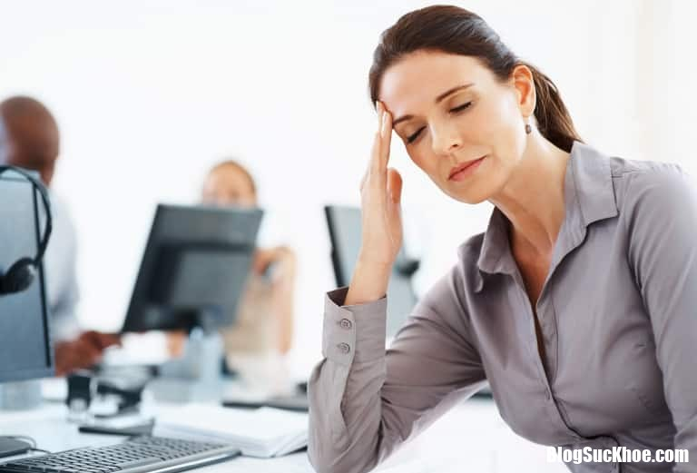 Stress 768x521 Những dấu hiệu cảnh báo về tai biến mạch máu não cần cảnh giác